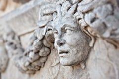 Decorazioni di pietra nei Aphrodisias Immagine Stock