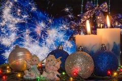 Decorazioni e fuochi d'artificio di Natale Fotografie Stock Libere da Diritti