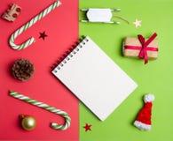 Decorazioni ed oggetti di Natale per derisione su Immagine Stock Libera da Diritti