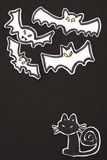 Decorazioni gatto e pipistrelli di Halloween verticali Immagini Stock Libere da Diritti