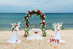 Decorazioni per le nozze sull'oceano Fotografia Stock Libera da Diritti