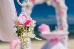 Decorazioni per le nozze sull'oceano Fotografie Stock Libere da Diritti