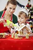 Decore a casa de pão-de-espécie Fotos de Stock Royalty Free