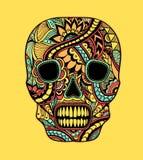 Decori i colori pieni dell'ornamento dipinti cranio su giallo Fotografia Stock Libera da Diritti