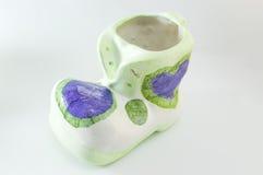 Decoupage adornó la estatuilla formada bota de la porcelana del vintage Foto de archivo libre de regalías