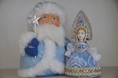 Ded Moroz e Snegurochka immagini stock libere da diritti