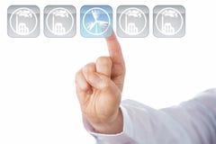 Dedo índice que selecciona el icono azul de la energía eólica Fotos de archivo