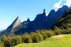 Dedo de Deus -神手指岩石,巴西 库存图片