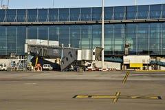 Dedo en el aeropuerto Fotografía de archivo libre de regalías