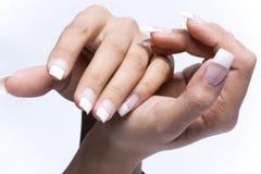 Dedos con la manicura original del diseño Fotografía de archivo libre de regalías