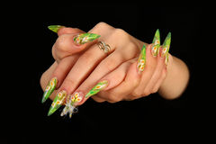 Dedos humanos com unha longa e m bonito foto de stock royalty free
