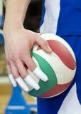Dedos sujetados con cinta adhesiva del jugador de voleibol imagen de archivo libre de regalías