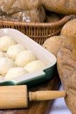 Deeg 2 van het brood stock afbeeldingen