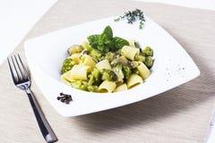 Deegwaren en broccoli Stock Foto