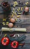 Deegwaren en tomaten Stock Foto