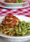 Deegwaren en vleesballetje in het Italiaans restaurant Stock Foto
