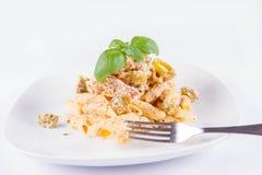 Deegwaren met een vork worden gegeten die royalty-vrije stock fotografie