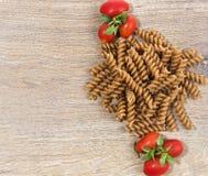 Deegwaren met tomaten Royalty-vrije Stock Afbeeldingen