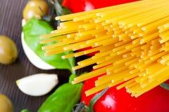 Deegwaren voor het kokende Italiaans Stock Afbeelding