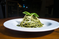 Deegwarenal Pesto Royalty-vrije Stock Fotografie