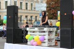 Deejay για τον τηλεχειρισμό Στοκ εικόνα με δικαίωμα ελεύθερης χρήσης