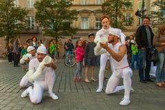 Deelnemers bij het 28ste Internationale Festival van Straattheaters Stock Fotografie