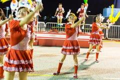 Deelnemers in de viering van Chinees Maannieuwjaar Stock Foto's
