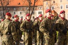 Deelnemers die Nationale Onafhankelijkheidsdag vieren een Republiek Polen - is een officiële feestdag Stock Fotografie
