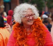 Deelnemers in Edmonton Pride Parade Stock Foto's