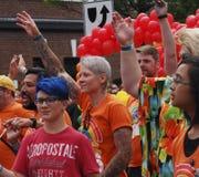 Deelnemers in Edmonton Pride Parade Royalty-vrije Stock Afbeelding