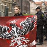 Deelnemers IV Optocht Katyn in geheugen van allen moord in April 1940 royalty-vrije stock foto's