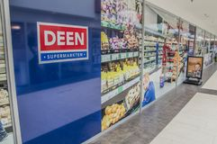 Deen Supermarket At Diemen The die Niederlande Stockbilder