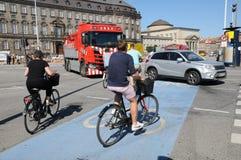 DEENSE BICYCLEST IN KOPENHAGEN DENEMARKEN royalty-vrije stock foto's