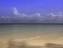 Deep blue sea. Relax on the Thai beach Royalty Free Stock Photos