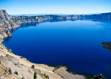 Deep blue water, Crater Lake, Oregon Royalty Free Stock Photos
