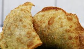 Deep fried在巴西充塞了酥皮点心食物 免版税图库摄影