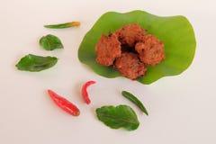 Deep fried ha tritato la carne di maiale con pasta di curry piccante Fotografia Stock Libera da Diritti