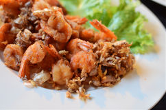 Deep fried shrimp with garlic Royalty Free Stock Image