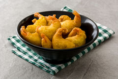 Deep fried shrimps in a bowl Royalty Free Stock Images