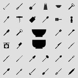 deep plates icon. Detailed set of kitchen tools icons. Premium quality graphic design sign. One of the collection icons for websit stock illustration