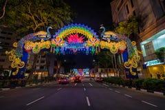 Deepavali装饰夜视图在一点印度,新加坡 库存照片