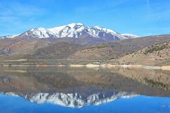 Deer Creek Reservoir, Utah. Mountains reflected in Deer Creek Reservoir Royalty Free Stock Photos