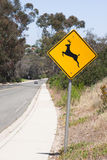 Deer crossing warning sign Stock Photography