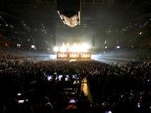 Def Leppard che viene in scena ad Amalie Arena a Tampa fotografia stock