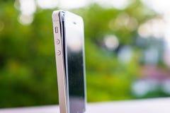 Defekt smartphone Arkivfoto