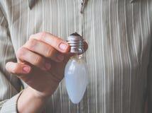 Defekte Glühlampe Defekte Glühlampe-Birne Stockbild