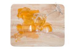 Defektes Glas Orangensaft Stockfotografie