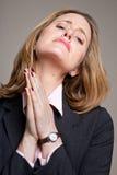 Defendendo a mulher de negócios Foto de Stock Royalty Free
