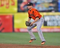 Defensa 2012 del jugador de cuadro del béisbol de la liga menor Foto de archivo libre de regalías