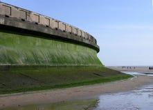 Defensa de la pared de mar foto de archivo libre de regalías